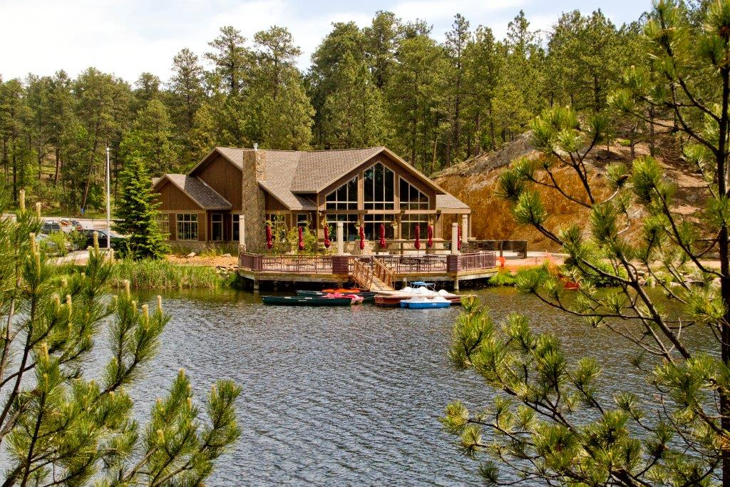 Legion lake lodge lodges cabins custer state park resort for Cabins near custer sd