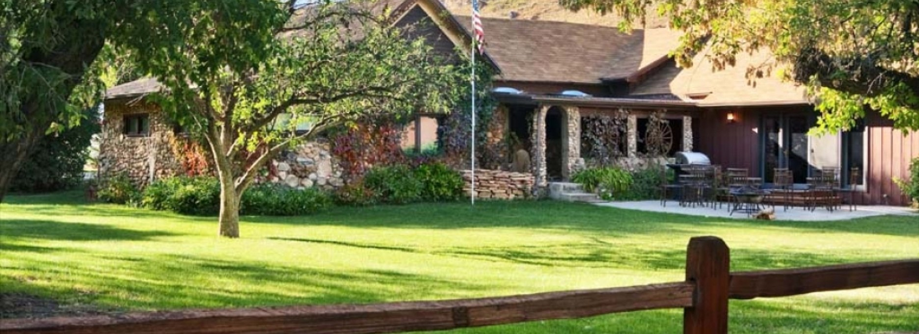 Custer Ranch House » Specialty Cabins » Lodges & Cabins » Custer State Park Resort